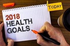 Muestra del texto que muestra la salud 2018 Golas Metas sanas de la resolución de la comida de la foto del Año Nuevo del entrenam Fotos de archivo libres de regalías