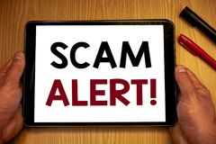 Muestra del texto que muestra a Scam llamada de motivación alerta Advertencia conceptual de la seguridad de las fotos para evitar Foto de archivo