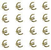 Muestra euro de oro en el fondo blanco imagenes de archivo