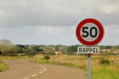 Muestra francesa del límite de velocidad Fotos de archivo