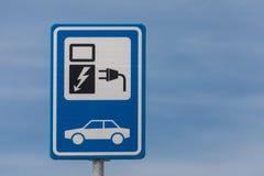 Muestra holandesa para cargar un vehículo eléctrico Imagen de archivo