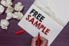 Muestra libre del texto de la escritura El concepto que significa la porción de productos dados a los consumidores en alamedas de imagenes de archivo