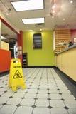 Muestra mojada del piso del restaurante Imágenes de archivo libres de regalías