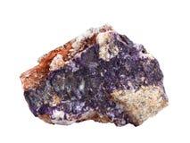 Muestra natural de charoite, mineral raro del silicato, aislado en el fondo blanco Foto de archivo libre de regalías
