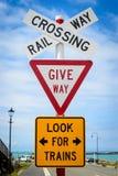 Muestra Nueva Zelanda del cruce ferroviario Fotos de archivo libres de regalías