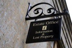 muestra oficina de estado, información y propiedad perdida Imagenes de archivo