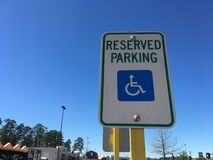 Muestra reservada del aparcamiento de la desventaja fotos de archivo libres de regalías