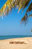 Muestra soleada de la estación de la playa y de vacaciones de verano Foto de archivo libre de regalías