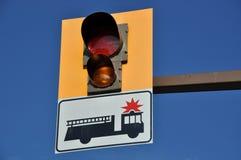 Muestra y luz del coche de bomberos fotografía de archivo libre de regalías