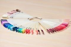 Muestras de esmalte de uñas del color Fotografía de archivo libre de regalías