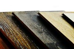 Muestras de piso de madera de la textura de baldosa de la lamina y del vinilo en w fotos de archivo