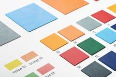 Muestras del color del cuero artificial Imagen de archivo