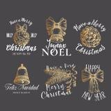 Muestras, etiquetas o Logo Templates Set del vector del extracto de la Feliz Navidad y de la Feliz Año Nuevo Bola exhausta de la  imagen de archivo libre de regalías