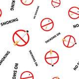 Muestras prohibidas de no fumadores con realista Fotografía de archivo