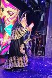 Muestre al ilusionista veneciano Raman Soup Borsch del mago del carnaval Imágenes de archivo libres de regalías