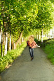 Mueva hacia atrás de muchacha del adolescente Foto de archivo libre de regalías