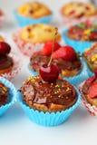 Muffin με τα μούρα Στοκ Εικόνες