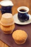Muffin με τον καφέ Στοκ Εικόνες