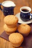 Muffin με τον καφέ Στοκ εικόνα με δικαίωμα ελεύθερης χρήσης
