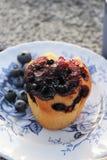 Muffin auf Platte Lizenzfreie Stockbilder