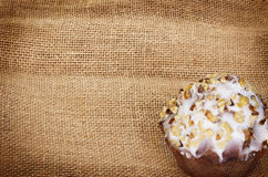 Muffin on burlap Royalty Free Stock Photos