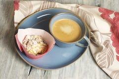 Muffin casalinghi della ricotta immagini stock