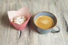 Muffin casalinghi della ricotta immagine stock