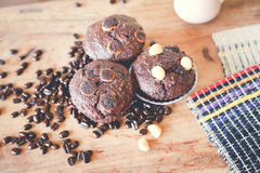 Muffin chocolate and hot coffee Stock Photos