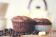 Muffin chocolate and hot coffee Royalty Free Stock Photos