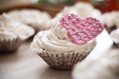Muffin con cuore Immagine Stock