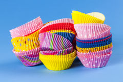 Muffin ή cupcake ψησίματος φλυτζάνια Στοκ εικόνες με δικαίωμα ελεύθερης χρήσης