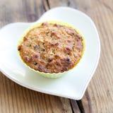 Muffin in de groene vorm van het siliciumbaksel Royalty-vrije Stock Afbeelding