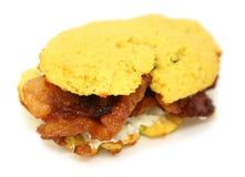 Muffin & del bacon del formaggio cremoso cheto fotografia stock libera da diritti