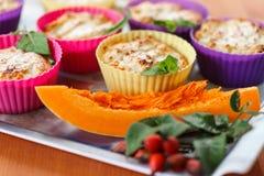 Muffin del formaggio con la zucca Immagini Stock