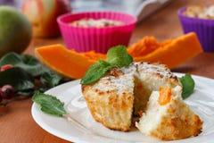 Muffin del formaggio con la zucca Immagine Stock