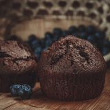 Muffin en bosbes Stock Afbeelding