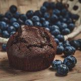 Muffin en bosbes Stock Foto's