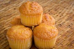 Muffin handcraft an Bambuswebart Stockfoto