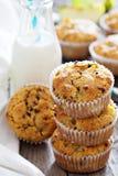 Muffin liberi della mandorla e dell'avena del glutine Fotografia Stock