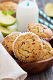 Muffin liberi della mandorla e dell'avena del glutine Immagine Stock