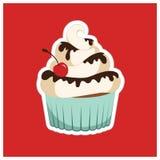 Muffin med körsbäret Royaltyfria Bilder
