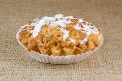 Muffin mit Kokosnuss lizenzfreie stockbilder