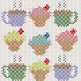 Muffin och kaffe, efterföljd av korsstygnet Arkivbild