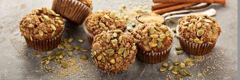 Muffin sani della zucca con i semi Fotografia Stock Libera da Diritti