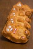 Muffiner med fyllning i form av björnar Royaltyfri Foto