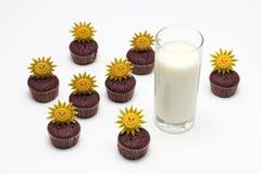 Muffins γάλακτος και σοκολάτας Στοκ Εικόνα