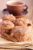 Muffins κανέλας της Apple Στοκ Εικόνα