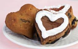 muffins καρδιών βακκινίων που δ&iot Στοκ Εικόνα