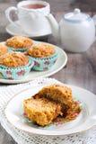 Muffins καρότων και μήλων στοκ φωτογραφίες με δικαίωμα ελεύθερης χρήσης