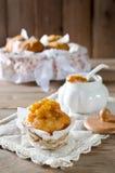 Muffins μπανανών με τη μαρμελάδα μπανανών Στοκ Φωτογραφίες